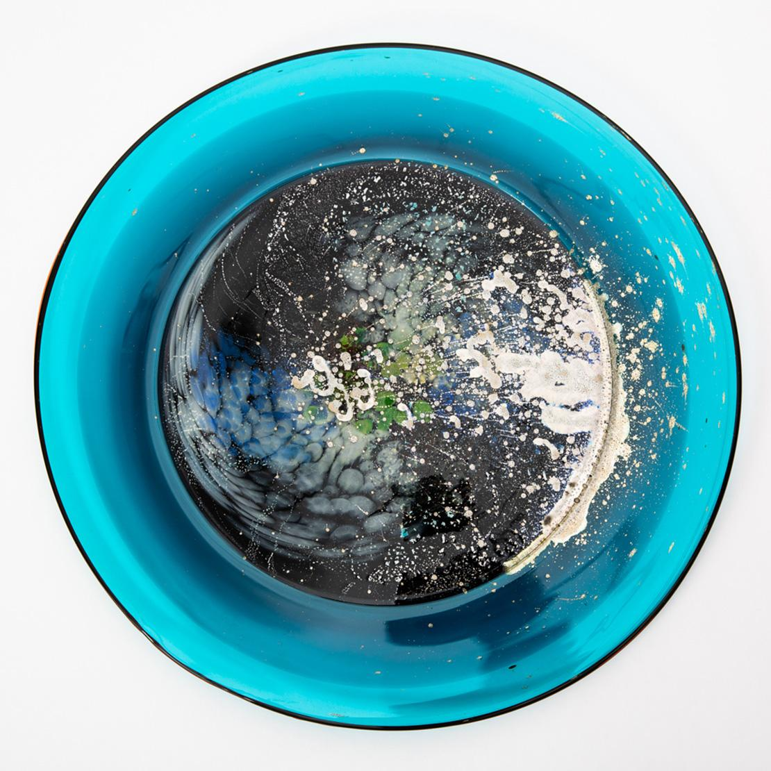»Spinning galaxies 3«, Gillian McFarland, Glass & Nitrates